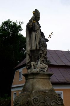 Telc, Czech republic // by YEONOK Czech Republic, Statue Of Liberty, Spaces, Travel, Statue Of Liberty Facts, Viajes, Statue Of Libery, Destinations, Traveling