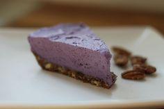 "Raw Cashew Blueberry ""Cheesecake"""