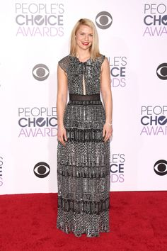 Claire Danes in silver metallic Burberry at the 2016 People's Choice Awards.