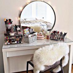 #vanitygoals #makeupvanity #dreamvanity #vanityideas #vanitydecor #makeuporganizer