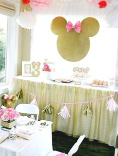 My daughter Talula was turning three and there was nothing she loved more than Minnie Mouse! I decided to change it up a bit by putti. Kylie Birthday, Baby Girl 1st Birthday, Minnie Birthday, 2nd Birthday Parties, Birthday Ideas, Minnie Mouse Rosa, Minnie Mouse Theme, Minnie Golden, Pink Gold Party