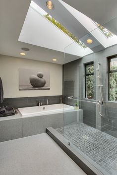 Beautiful bathroom with skylights, a huge shower and the @BainUltra Meridian 60 bathtub. To know more about this tub: http://www.bainultra.com/therapeutic-baths/our-collections/meridian/meridian-60