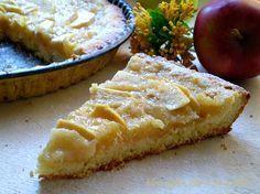 crostata di mele con crema di mele!!! è favolosa!! tutto il sapore delle mele,concentrato in un guscio di frolla..