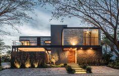 "778 Me gusta, 3 comentarios - Josué Hotema (@contemporaryhomes) en Instagram: ""Contemporary Mexican Architecture Firms You Should Know. @difrenna.arquitectos Be inspired by…"""