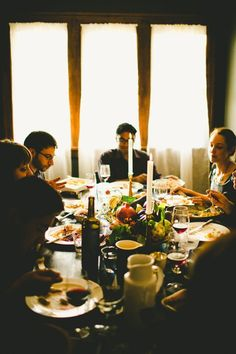 What Are Your Thanksgiving Table Traditions?  Reader Intelligence Request