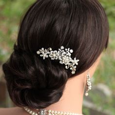 Elegant Silver Flower Rhinestone Pearl Hair Comb Hair Clip Any Occasion FREE S&H