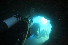 - Diving Kroatien – Insel Krk Internationale SET Ausbildung: Schwimmen, Erste H… Diving Croatia – Island Krk International SET training: swimming, first aid, diving: www. Diving Thailand, Diving Videos, Cave Diving, Croatia, Swimming, Island, Adventure, World, Photography