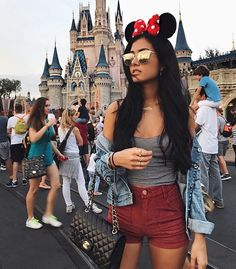 Ideas for the 2020 Spring trip in April with Riley Disney World Outfits, Disney World Trip, Disney Vacations, Disney Trips, Disneyland Photography, Disneyland Photos, Disneyland Outfits, Disneyland Outfit Summer, Disney Vacation Outfits