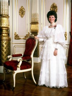 carolathhabsburg:  Princess Martha Louise of Norway dressed for her confirmation.1986
