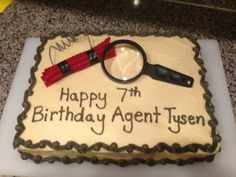 Tysen's secret agent spy cake Spy Kids Party, Spy Birthday Parties, Happy 7th Birthday, Birthday Celebration, Boy Birthday, Secret Agent Party, Secret Party, Spy Cake, Detective Party