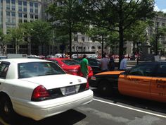 Taxi Drivers Shut Down Pennsylvania Avenue to Protest Uber and Lyft | Local News | Washingtonian