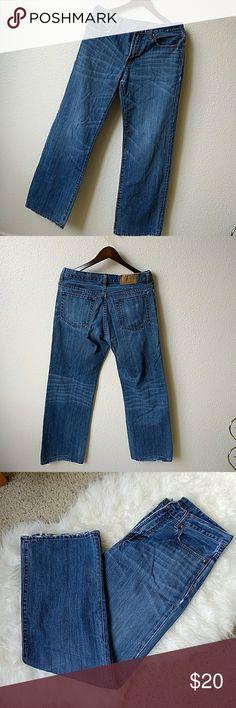 GAP • Mens Jeans Gap men's denim size 31/32. Loose Straight Fit. GAP Jeans Straight