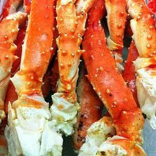 Alaskan King Crab legs - one of my all time favorites! Steamed Crab Legs, Steamed Crabs, Snow Crab Legs, Alaskan King Crab, Food Network Recipes, Cooking Recipes, New Years Dinner, King Crab Legs, Easy Halloween Food