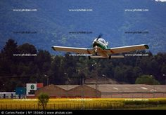 Avioneta despegando de Odena