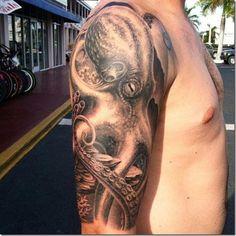 Superior octopus tattoos – pictures - Octopus Tattoo & Garden Pot Design & DIY Bathroom & Hairstyle For School & Ideas DIY Jewelry Octopus Tattoo Sleeve, Kraken Tattoo, Squid Tattoo, Octopus Tattoo Design, Tattoo Designs, Badass Tattoos, Leg Tattoos, Arm Tattoo, Body Art Tattoos