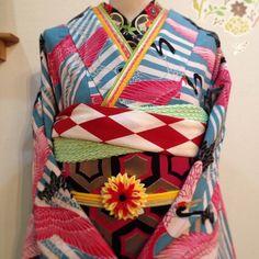 WAKONのふりそで展 2月15日(日)まで開催中! 新作振袖と小物勢揃い ぜひご覧ください #ふりそで #振袖 #レンタル #振袖レンタル #kimono #姫路 #モダンアンテナ #鶴 #wakon #成人式