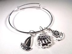 BEACH FASHION RHODIUM VIN & SUE NAUTICAL SAILBOAT SHELL ANCHOR CHARM BRACELET