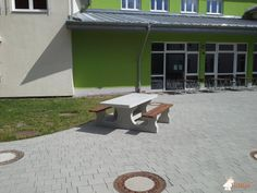 Picknickset DeLuxe Rolstoeltoegankelijk bij Mittelschule Bayreuth-St. Georgen in Bayreuth
