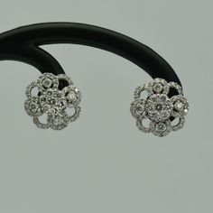 Cercei din aur alb 18k cu diamante rotunde