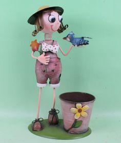 MUÑECA DE Macetas - Buscar con Google Pasta Flexible, Planter Pots, Doll, Google, Ideas, Window Displays, Home, Dolls, Thoughts