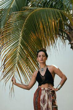 Model / Actress: Melissa van Beek - Features: Freckles Eurasian Asian Mixed Natural Brunette Beauty Make-up Fringe Bangs - Location: Holland / Dutch / Netherlands - Photo: Black White Color Portrait Fashion Faces Photoshoot Studio Light - Photographer:   - Client: