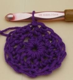 Crocheting Rows In A Circle : ... Circle Crochet on Pinterest Circles, How to crochet and Crochet