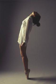 Ballet+Bun, love this, so gorgeous...