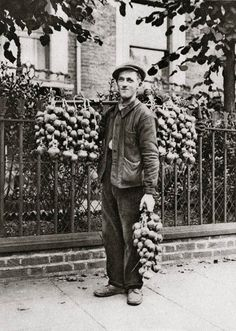 Onion Seller. Characterful portraits of Londoners, believed to be by photographer Donald McLeish (1879-1950), selected from the three volumes of Wonderful London edited by St John Adcock .