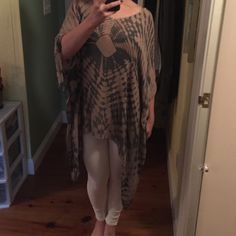 NWT Planet Blue Oversized Shirt!!! NOT FREE PEOPLE!! NWT Planet Blue oversized top!!! never worn! light weight and adorable for summer. XS/S Free People Tops Blouses