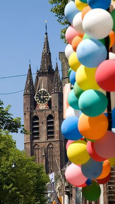 Oude Delft, balloons, ph.Jan Koster