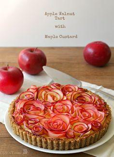 grandioser Apfelkuchen, aus PApier habe ich schon Rosen gemacht aber aus äpflen ... tolle IDeee Apple Rose Pie