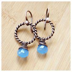 periwinkle blue chalcedony Earring, chalcedony jewelry wire wrapped design, copper hoop earrings, gemstone hoop Earring, blue gemstone Earring, blue chalcedony gemstone, handmade wire jewelry design