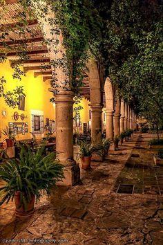 mexican hacienda architecture pinterest rund ums haus einfach und runde. Black Bedroom Furniture Sets. Home Design Ideas