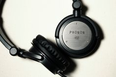 Exclusive First Look: Phonon 4000 Headphone Review. We go in-depth with an exclusive first look at Phonon's new DJ focused headphones.