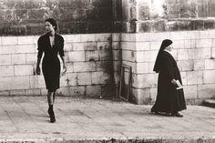 Ferdinando Scianna for Dolce & Gabbana, Marpessa, Sicily 1987 - Magnum Photos It's a Hitchcock/Fellini moment! Magnum Photos, Italian Fashion, Italian Style, Italian Chic, Italian Girls, Vintage Photographs, Vintage Photos, Street Photography, Fashion Photography