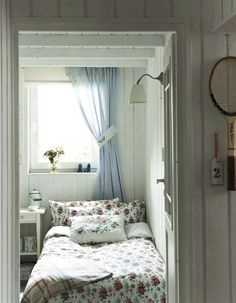 guest room or kid's room