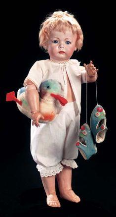 "German Bisque Pouty,""Phillip"" by Kammer and Reinhardt in Fine Larger Size cm. Vintage Girls, Vintage Toys, Victorian Dolls, Creepy Dolls, Old Dolls, Bisque Doll, Dollhouse Dolls, Boy Doll, Collector Dolls"