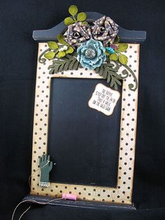http://sherrycheever.blogs.splitcoaststampers.com/files/2011/11/ChalkboardFull_thumb.jpg flipping cool!