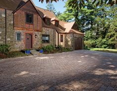 ECO-paver driveway that is earth friendly and looks good too!