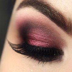 Dark red, copper, smokey eye
