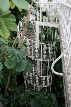 35 New Ideas For Stairs Garden Architecture Spiral Staircases Boho Home, Bohemian House, Free People Blog, Stair Steps, Stairway To Heaven, Kew Gardens, Interior Exterior, Interior Ideas, Modern Interior