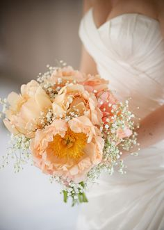 Simple and Beautiful: Peach Peonies and Baby's Breath Wedding Bouquet Mod Wedding, Dream Wedding, Wedding Bouquets, Wedding Flowers, Big Flowers, Bridesmaid Bouquet, Fabric Flowers, White Flowers, Peach Peonies