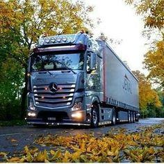 Semi Trucks, Big Rig Trucks, Cool Trucks, Mercedes Benz Trucks, Volvo Trucks, Mobile Marketing, Mercedes Benz Commercial, Cool Sports Cars, Truck Design