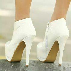 0237df826c3 Hot Heels, Μπότες Ankle, Μοντέρνα Παπούτσια, Χτενίσματα, Τακούνια, Μπότες,