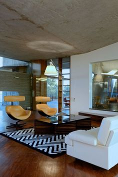 Nice #livingroom  interior design, sofas, flooring, ceiling, lighting, rugs, coffee tables, art in the living room #decorating loft wallpaper
