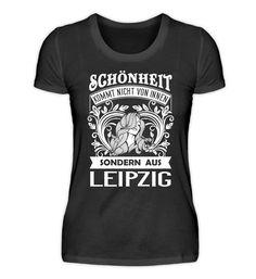 Deutschland Geschenk Leipzig T-Shirt Basic Shirts, Great T Shirts, Shirt Designs, Mens Tops, Lausanne, Lifestyle, Fashion, Bielefeld, Dortmund