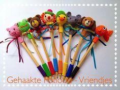 Crochet Patterns Free Amigurumi Doll Guys 70 Ideas For 2019 Crochet Diy, Quick Crochet, Crochet Home, Crochet Gifts, Crochet For Kids, Crochet Dolls, Crochet Beanie Pattern, Crochet Amigurumi Free Patterns, Crochet Pencil Case