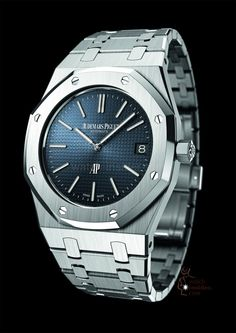 More looks at the simply splendid new Audemars Piguet Royal Oak 15202 in steel. Man, oh, man, what a watch. Audemars Piguet Royal Oak Jumbo (Ref Patek Philippe, Fine Watches, Cool Watches, Rolex Watches, Sport Watches, Dream Watches, Wrist Watches, Audemars Piguet Watches, Audemars Piguet Royal Oak