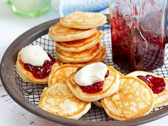 Smaller than pancakes, and fluffier than crepes, pikelets make a great breakfast, brunch or after-school snack. Traditionally served with jam and cream, but we also love them with a hearty dollop of our unbeatable lemon curd. Mini Pie Recipes, Sweet Recipes, Baking Recipes, Pancake Recipes, Party Pies Recipe, Breakfast And Brunch, Brunch Recipes, Dessert Recipes, Desserts