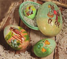 Paper Mache Easter Nesting Eggs from The Holiday Barn Egg Crafts, Easter Crafts For Kids, Craft Stick Crafts, Vintage Easter, Vintage Holiday, Hoppy Easter, Easter Eggs, Easter Parade, Festa Party
